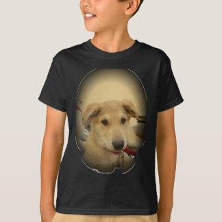 Los perros y los perritos lindos sirven el segundo playera