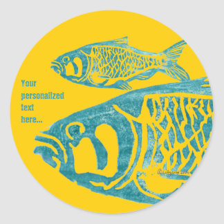 Los pescados azules anaranjados personalizaron a pegatina redonda