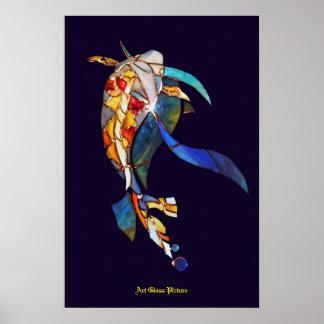 Los pescados de Koi en espacio emparedan la imagen Póster