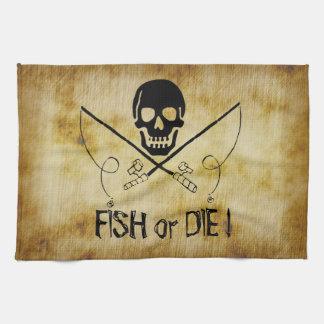 Los pescados de la bandera de pirata o mueren toallas de mano
