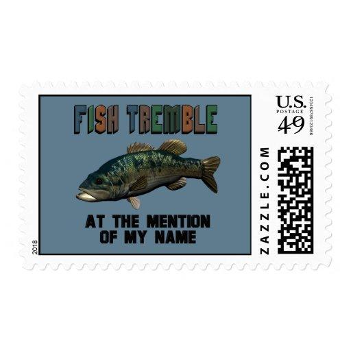 Los pescados divertidos tiemblan