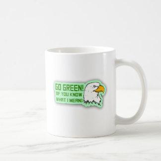 Los Philadelphia Eagles van verde Taza Básica Blanca