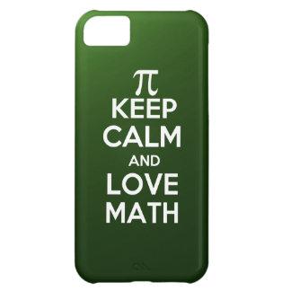 Los pi guardan calma y matemáticas del amor carcasa para iPhone 5C