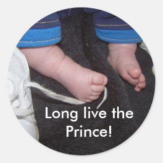 ¡Los pies del bebé, viven de largo el príncipe! Pegatina Redonda