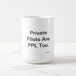 Los pilotos privados son PPL también Taza Básica Blanca