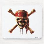 Los piratas del cráneo del Caribe torches el logot Mousepads