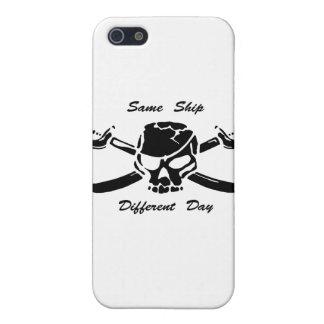 Los piratas Rogelio alegre iguales envían diverso  iPhone 5 Cárcasas