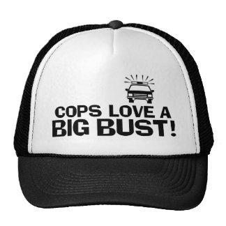 Los polis aman un busto grande gorras