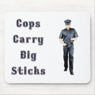 Los polis llevan las manos duras alfombrillas de ratón