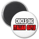 Los polluelos cavan a individuos italianos iman de frigorífico