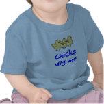 Los polluelos me cavan camiseta
