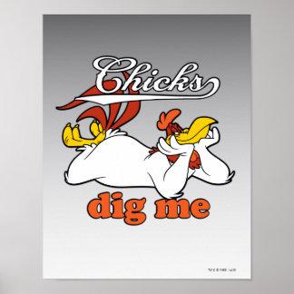 Los polluelos me cavan póster