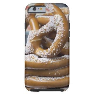 Los pretzeles enormes del vendedor ambulante de funda de iPhone 6 tough