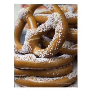 Los pretzeles enormes del vendedor ambulante de Nu Tarjetas Postales