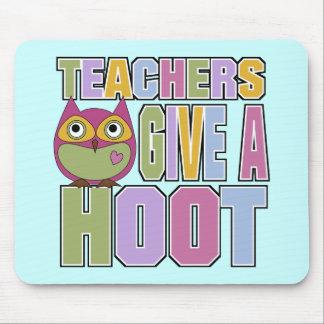 Los profesores dan un pitido alfombrillas de ratón