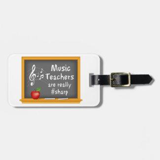 Los profesores de música están realmente # etiquetas maleta