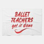 Los profesores del ballet lo consiguen hecho toalla de cocina