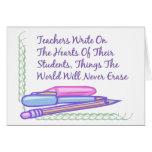 Los profesores escriben en los corazones de sus es tarjeton