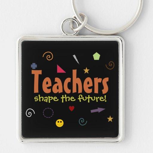 Los profesores forman el llavero futuro