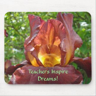 Los profesores inspiran las flores del iris de los tapete de ratones