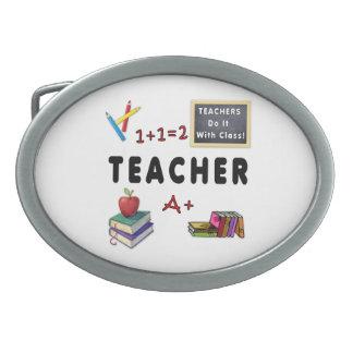 Los profesores lo hacen con la clase hebilla de cinturón oval