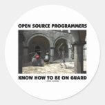 Los programadores de Open Source saben estar en gu Etiquetas Redondas