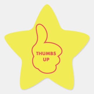 Los pulgares suben a los pegatinas del profesor pegatina en forma de estrella