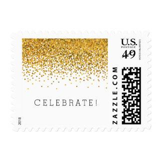 Los puntos atractivos del confeti del oro celebran estampillas