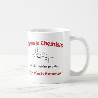 Los químicos orgánicos apenas tienen gusto de gent taza básica blanca