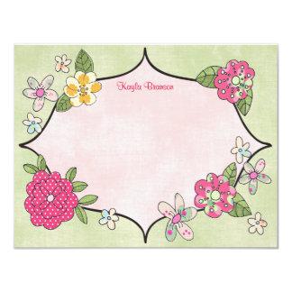 Los ramilletes bonitos personalizaron las tarjetas invitación