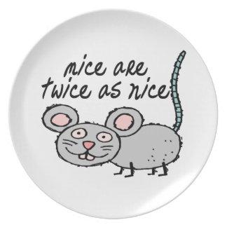 Los ratones son dos veces tan Niza Plato