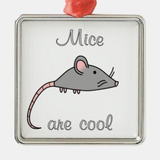 Los ratones son frescos adorno para reyes