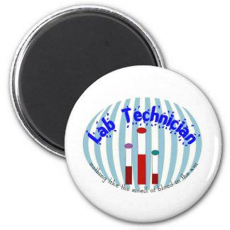 """Los regalos de la tecnología del laboratorio """" ama imán redondo 5 cm"""