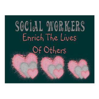 """Los regalos del asistente social """"enriquecen las v tarjeta postal"""