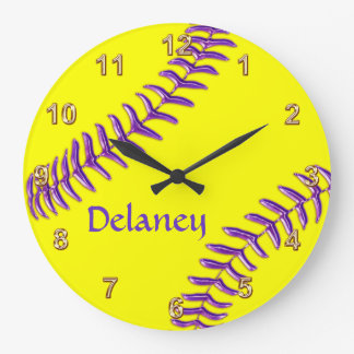 Los relojes personalizados del softball, nombre