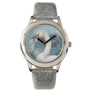 Los remolinos florales de los cisnes el   relojes de pulsera
