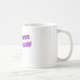 ¡Los reporteros de corte lo hacen fonético! Tazas De Café