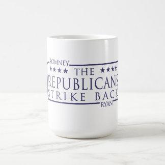 Los republicanos de Romney Ryan pegan detrás Taza