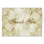 Los rosas blancos le agradecen felicitación