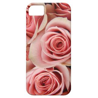 Los rosas florales, rosados, pétalos alisan como iPhone 5 carcasas