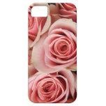 Los rosas florales, rosados, pétalos alisan como s iPhone 5 Case-Mate carcasa