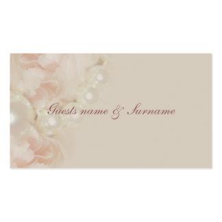 Los rosas gotean las etiquetas rosadas del nombre tarjetas de visita
