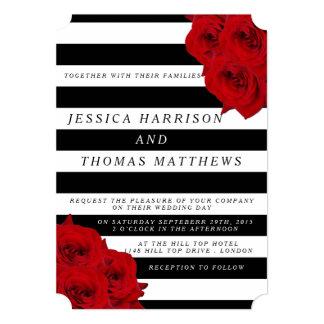 """Los rosas rojos de la colección de lujo moderna invitación 5"""" x 7"""""""