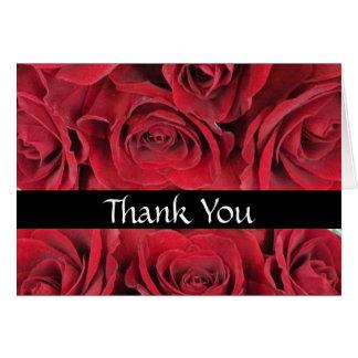 Los rosas rojos le agradecen cardar tarjeta pequeña