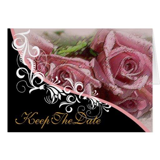 Los rosas rosados guardan la invitación de boda de tarjetón