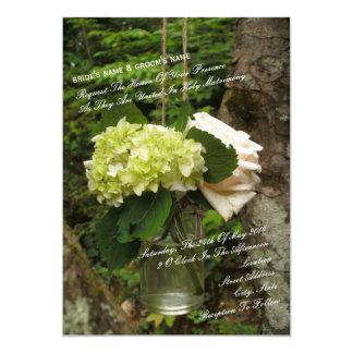 """Los rosas y los Hydrangeas colgantes del tarro de Invitación 5"""" X 7"""""""