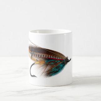 Los salmones ardientes de Brown vuelan la taza
