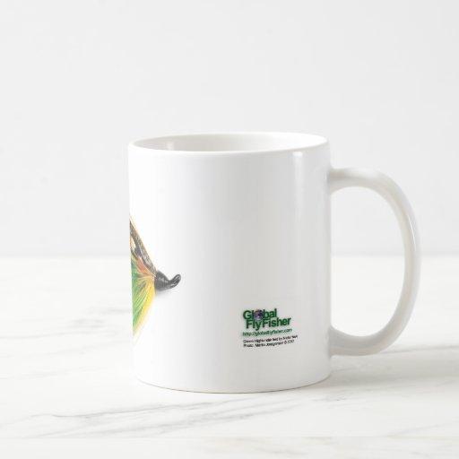 Los salmones verdes del montañés vuelan la taza