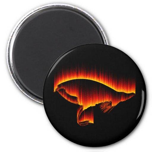 Los salmones vuelan diseño del fuego imán redondo 5 cm