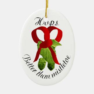Los saltos - mejore que muérdago adorno navideño ovalado de cerámica